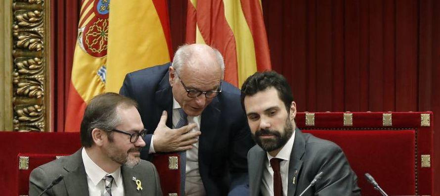 En una cámara de 135 escaños, la candidatura de Sánchez contaría, en...