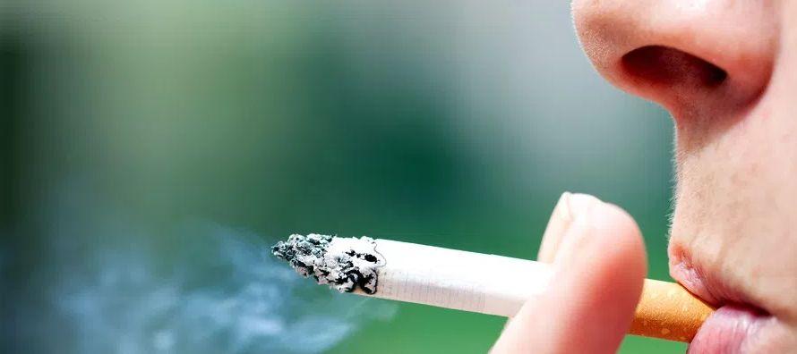 El tabaco es, además, la causa de unos 7 millones de muertes al año (5,1 de hombres y...