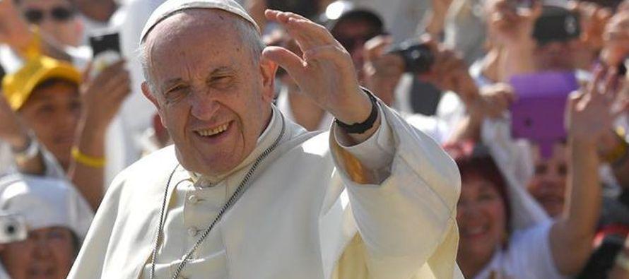 """Francisco consideró que, para cumplir este objetivo, """"es esencial promover un..."""