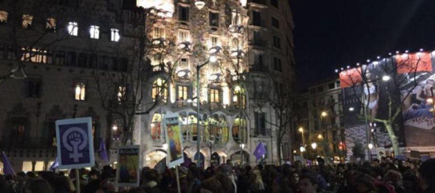 En Madrid, el recorrido estaba abarrotado una hora antes del inicio y la cabecera de la...