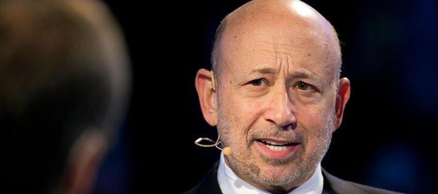 Blankfein, de 63 años, lleva doce años como CEO de la principal firma estadounidense...