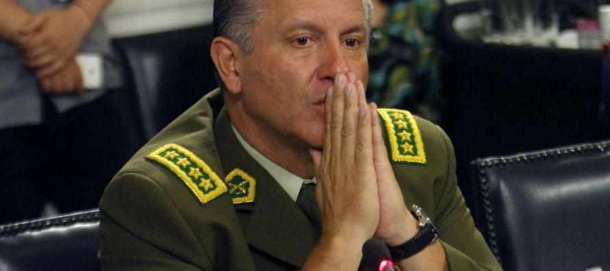 """""""He aceptado la renuncia del cargo del general director de Carabineros, Bruno Villalobos, como..."""