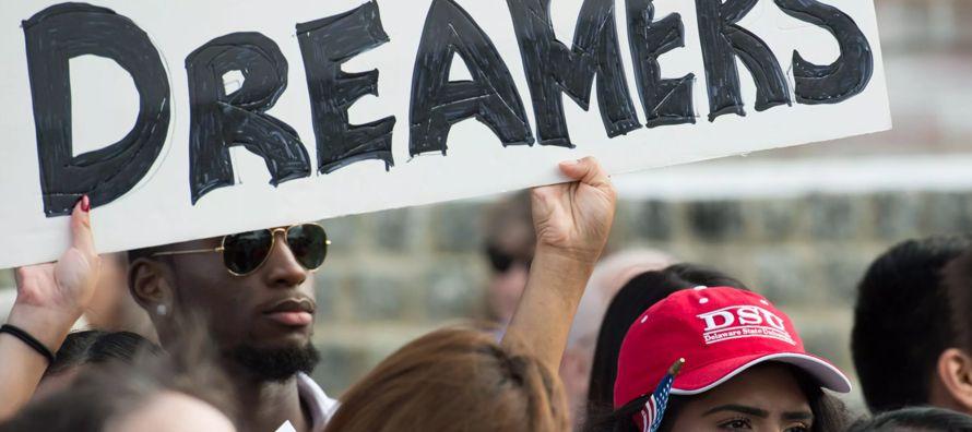 """""""Todos los días millones de personas viven con el miedo de ser deportados, tienen en la..."""