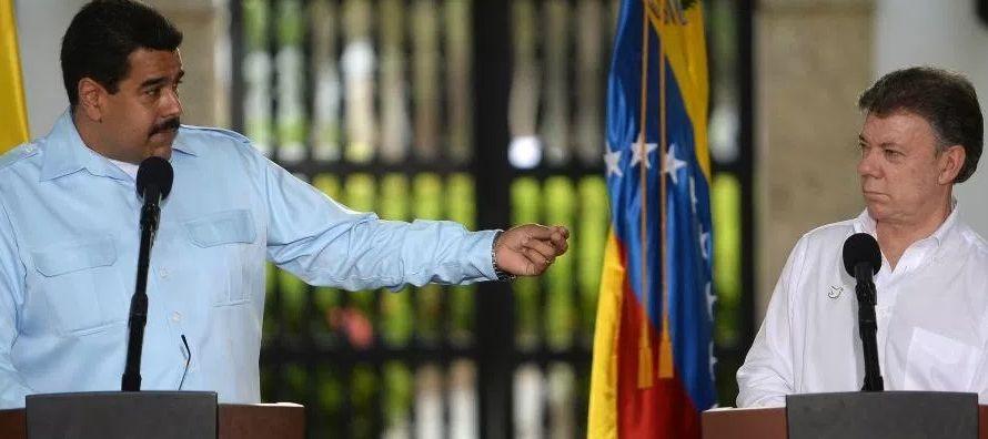 """""""Santos se la pasa hablando de garantías electorales y uno ve el sistema electoral de..."""