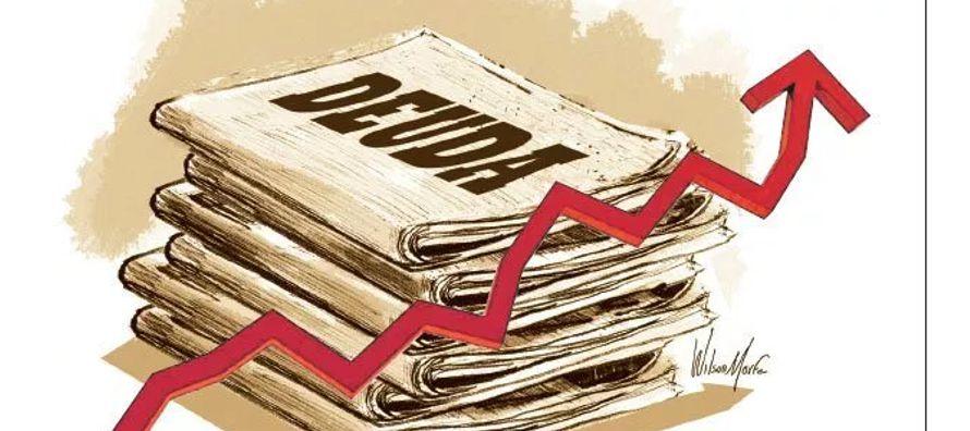 Al cierre de 2014, el saldo de la deuda del sector público federal se situó en 6...