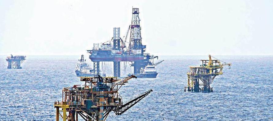 Si hace un mes la OPEP preveía que la producción de sus rivales aumentaría...