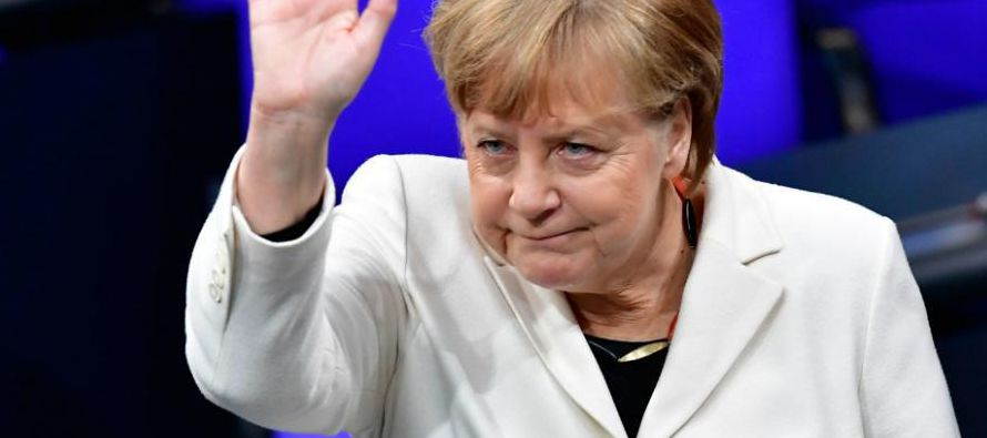 """Merkel quiere para junio un sistema común de asilo """"razonable"""" y """"justo"""""""