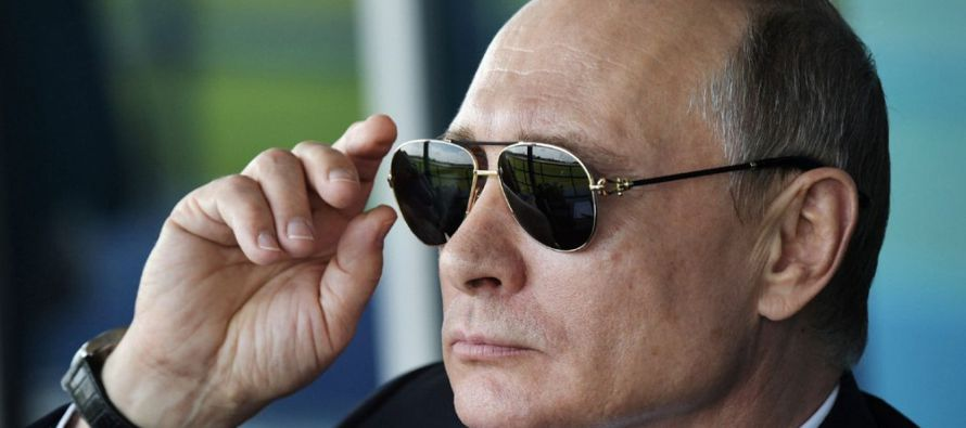 Cuando alcanzó el poder Putin se comprometió a reconstruir el Estado, proteger la...