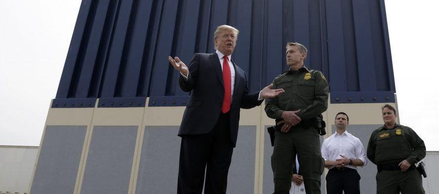 Trump presume de financiación para iniciar construcción del muro con México