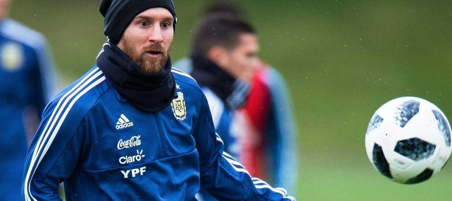 Messi es duda ante Italia por molestias en los abductores