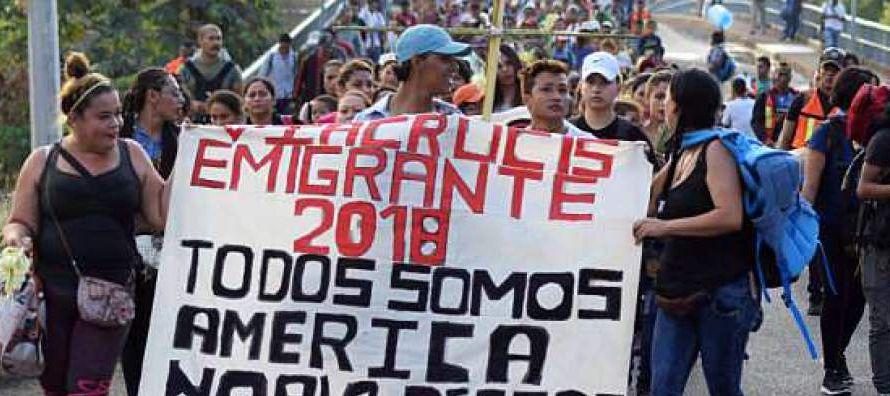 Después del simposio, algunos migrantes podrían continuar su viaje a la capital de...