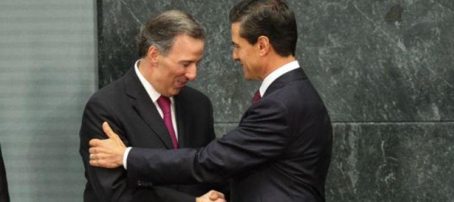 En cifras redondeadas, Andrés Manuel López Obrador concentra poco más de 40%...