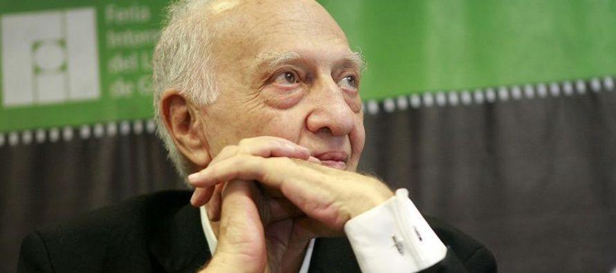 """""""El maestro Sergio Pitol es una figura central de nuestra literatura. Descanse en paz y..."""