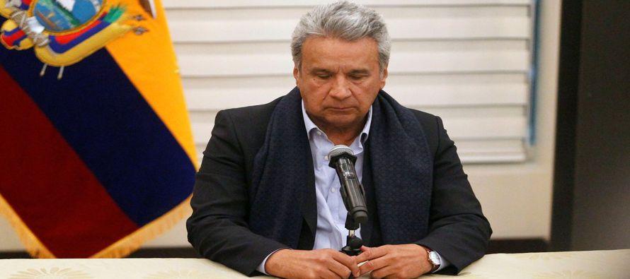 Tres periodistas ecuatorianos del diario El Comercio fueron asesinados después de su...