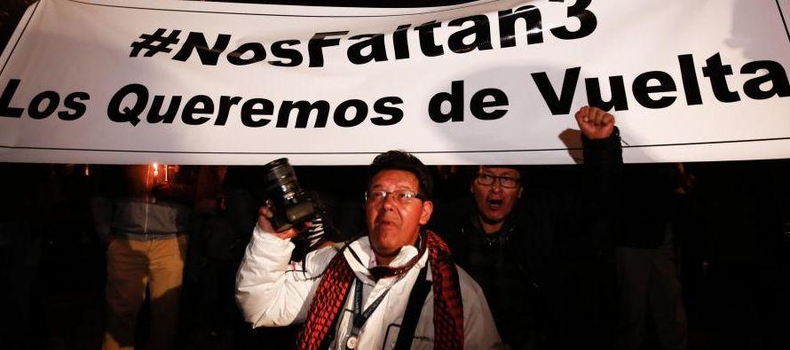 """El presidente colombiano, Juan Manuel Santos, calificó de """"crimen atroz"""" el..."""