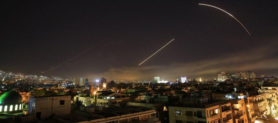 El Pentágono afirmó que las operaciones lanzadas contra tres instalaciones vinculadas...