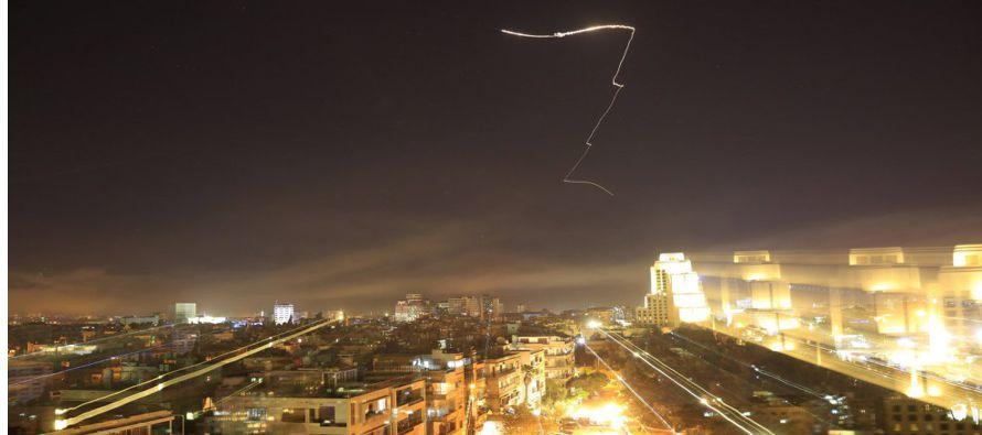 Resultado de imagen de Siria destruyó 71 de 103 misiles en el ataque