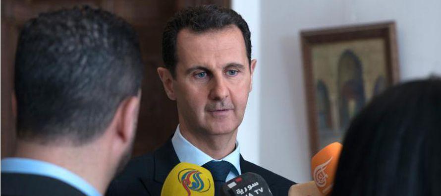 """El presidente sirio consideró que esto prueba que Rusia y Siria """"no solo libran una..."""