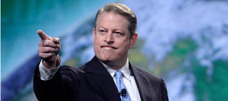 El exvicepresidente estadounidense Al Gore afirmó hoy en Miami que los latinos que viven en...