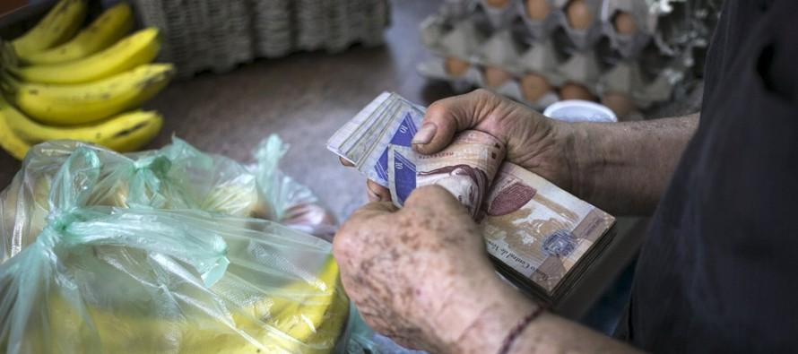La banca venezolana -que en los últimos años ha cerrado centenares de oficinas y...