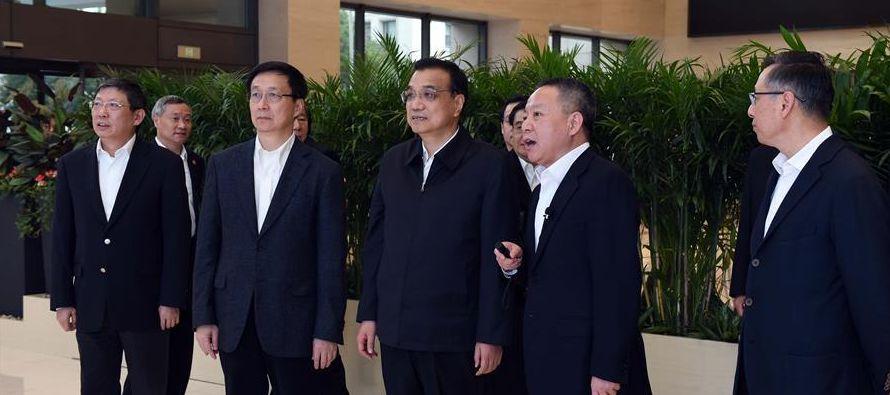 China debe basarse en sus propios esfuerzos, dijo Xi el martes en la presa que se encuentra en el...