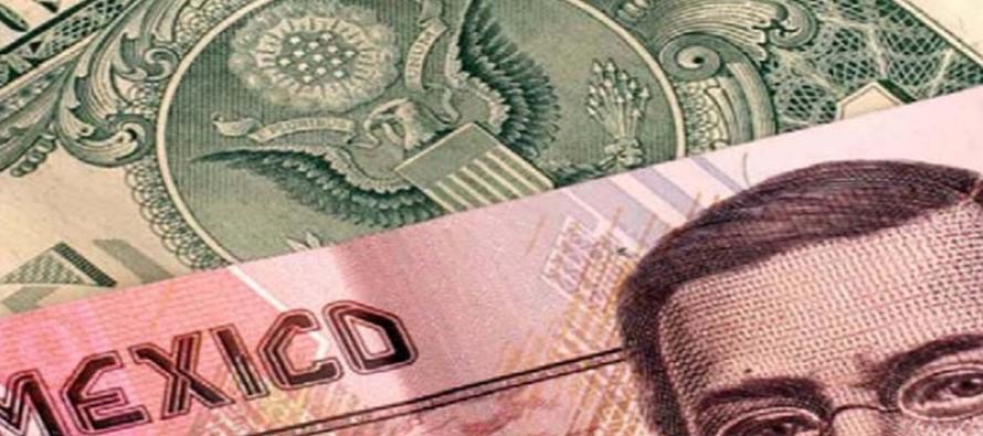 El peso mexicano cerró la semana pasada cerca de 19,25 por dólar, en unos niveles que...