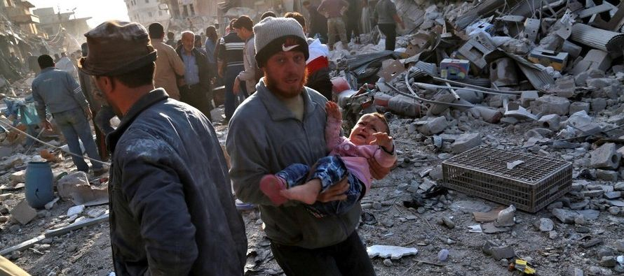 Adel cuenta que, desde el lunes, han sido bombardeados siete hospitales. Ya que el régimen...