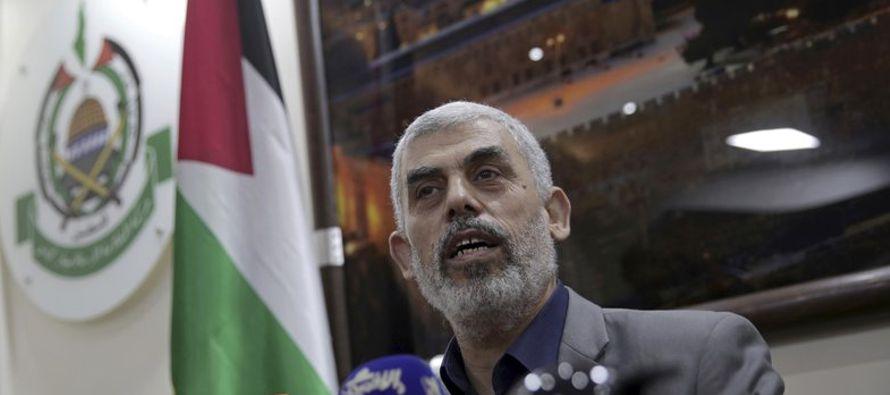Ahmed Deifalá, un manifestante de 25 años, dijo que la decisión del presidente...