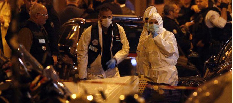 Las autoridades antiterroristas asumieron la investigación y el presidente Emmanuel Macron...