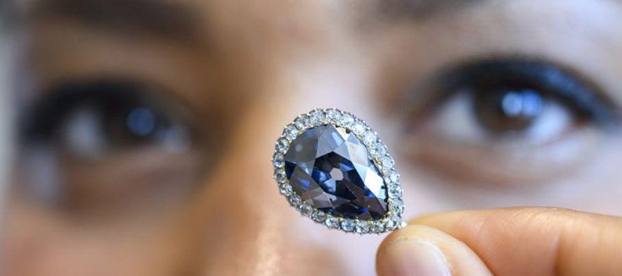 Los tres diamantes superaron las cantidades estimadas de preventa. Ninguno de los compradores fue...