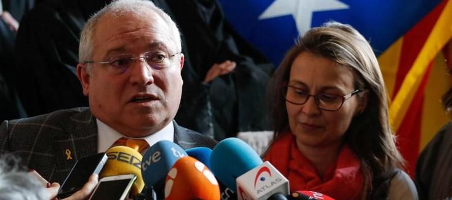 La medida es otro golpe en los intentos de España de extraditar a los políticos...
