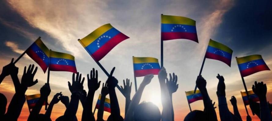 La decisión de la opositora Mesa de la Unidad Democrática (MUD) de no participar en...