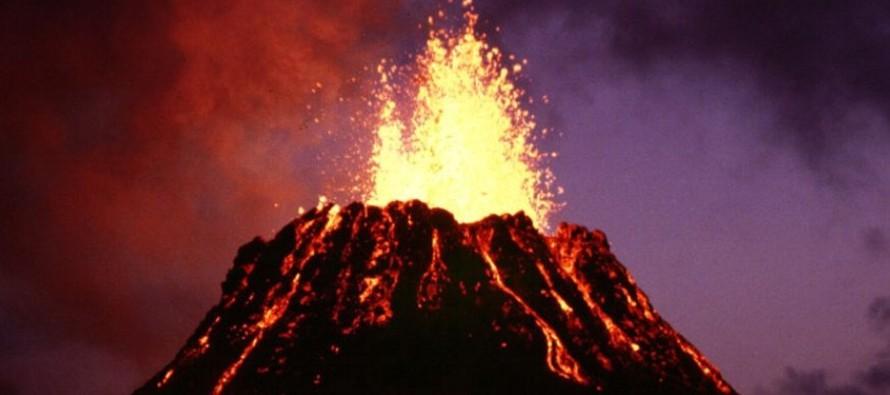 """La autoridad meteorológica alertó de la """"erupción explosiva"""" esta..."""
