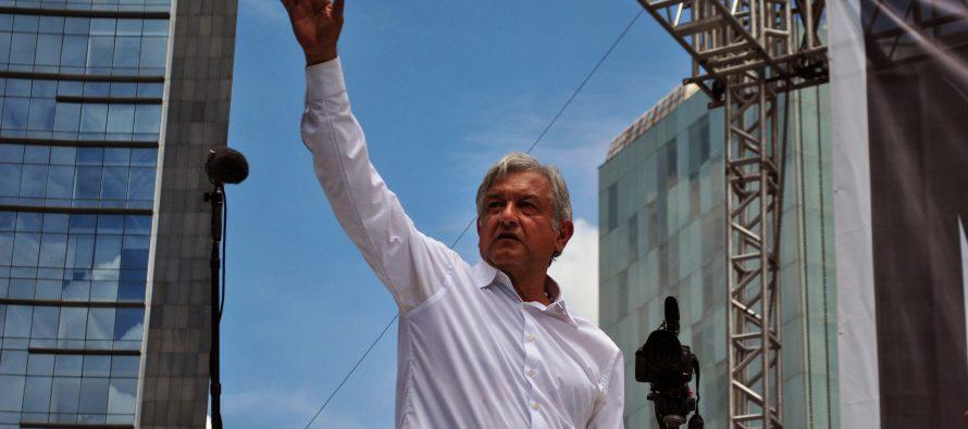 """""""Aquí casi todos le van a Obrador. Nadie confía en los otros partidos y dicen..."""