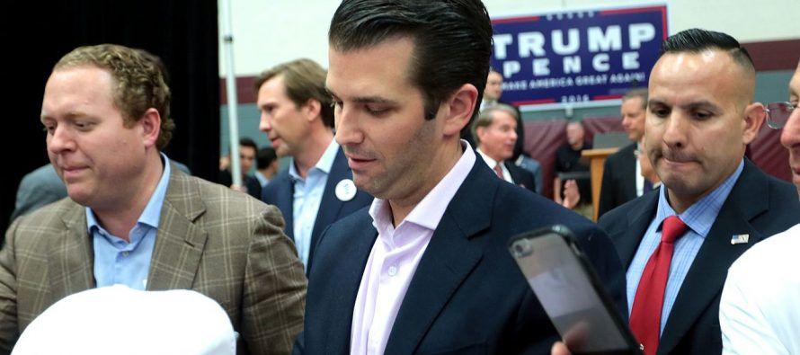 Erik Prince, asesor informal para la campaña de Trump y extitular de Blackwater, y George...