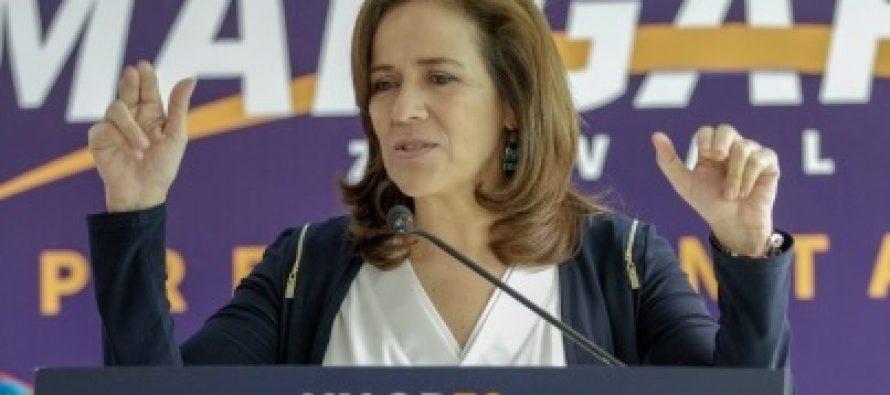 La exprimera dama Margarita Zavala, quien este miércoles renunció a la carrera...