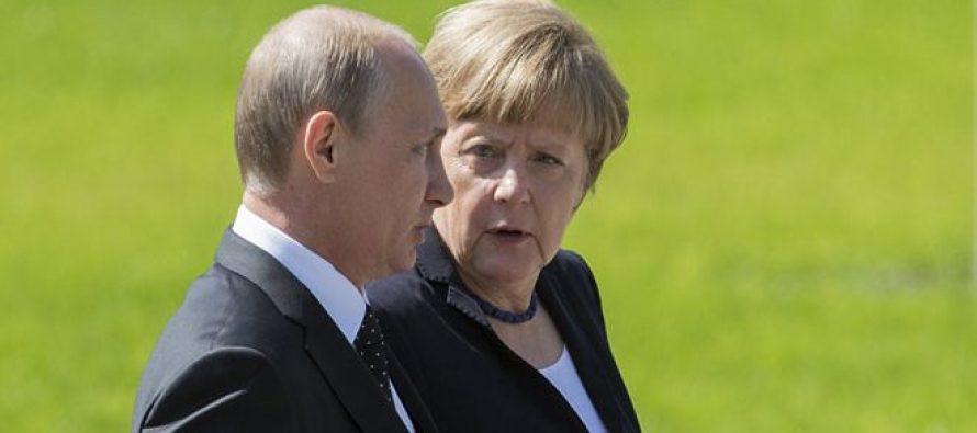 El líder ruso ve por fin una grieta abrirse camino justo donde se esperaba: el...