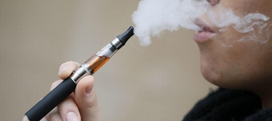 """Los cigarillos electrónicos """"no aumentaron la cantidad de gente que deja el..."""