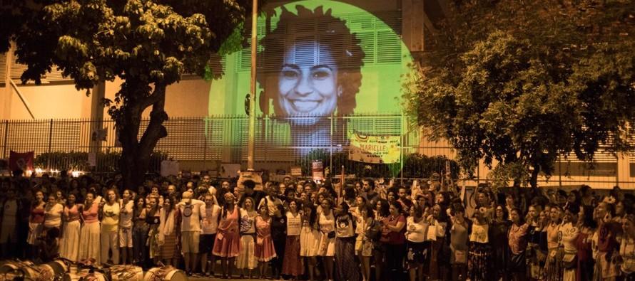 En su forma actual, las milicias se establecieron en Río de Janeiro a fines de los...