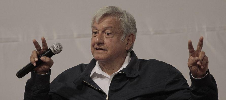 De ganar la Presidencia, López Obrador ha asegurado que eliminará las pensiones...