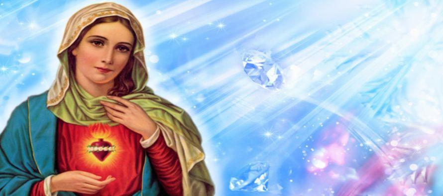 Como remedio a los males actuales, la misma Virgen nos ofrece su Corazón Inmaculado, que es,...