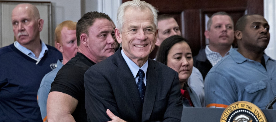 En una entrevista con Fox News el domingo, Navarro criticó a Trudeau tras la conferencia de...