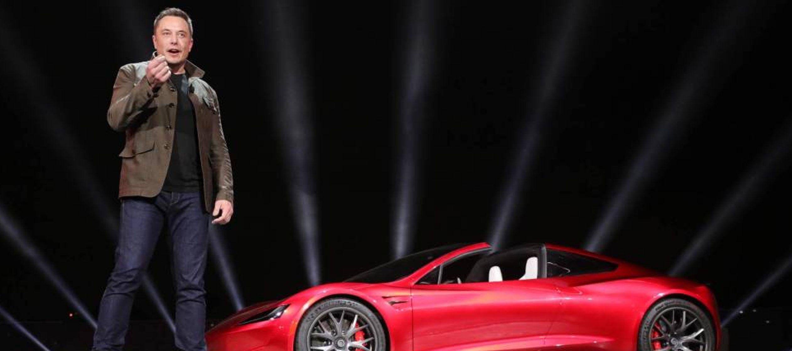 Tesla aumentó sus pérdidas un 97,5 % hasta 784,6 millones de dólares en el...