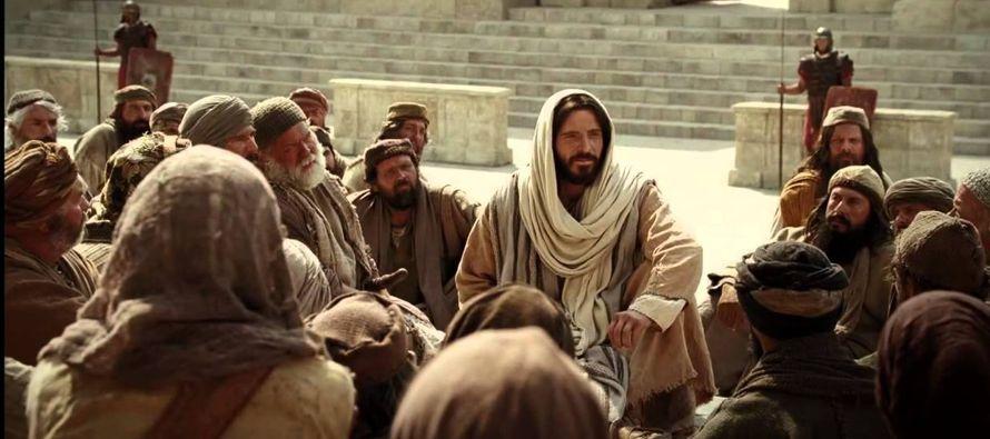 «El que traspase uno de estos mandamientos más pequeños y así lo...