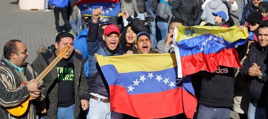 El fiscal general de Venezuela, Tarek Saab, dijo el lunes que se excarcelaría a un tercer...