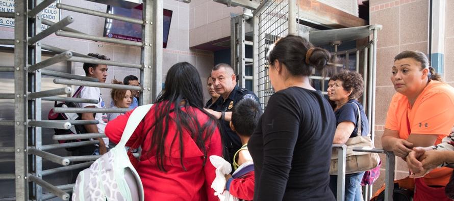 El número cada vez mayor de solicitantes centroamericanos cerca de los puntos de cruce son...