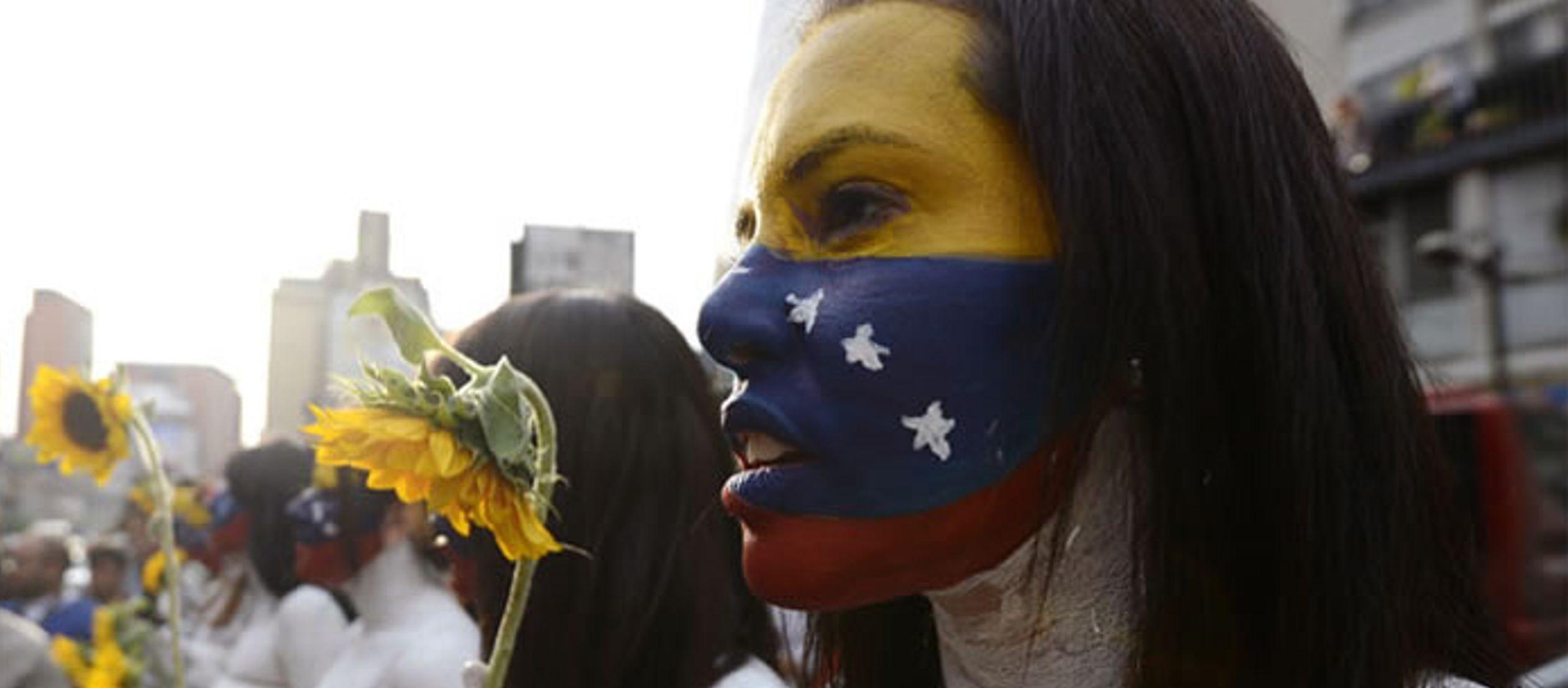 """""""En Venezuela formalmente no hay un conflicto armado ni una guerra, pero hay tantas..."""