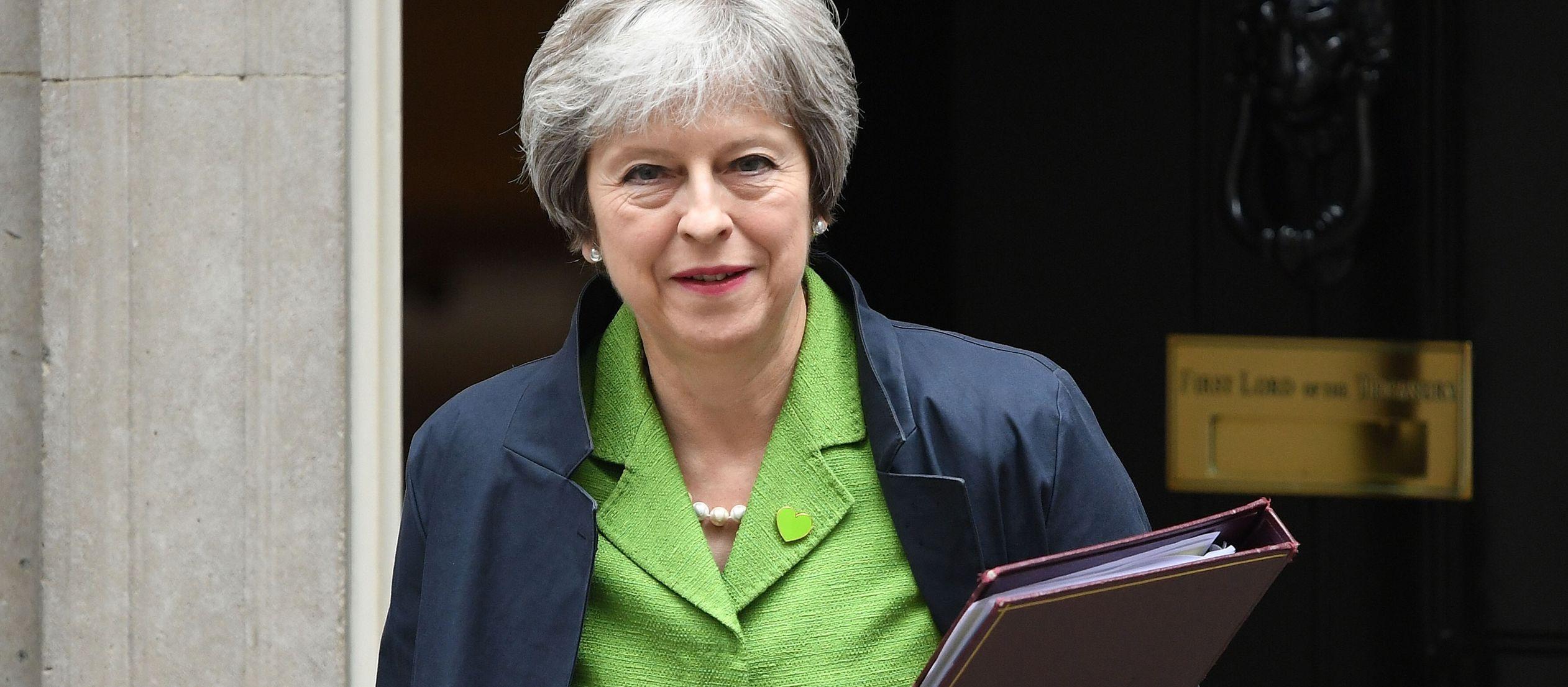 Antes de la votación, May garantizó a los parlamentaria que cumpliría su...