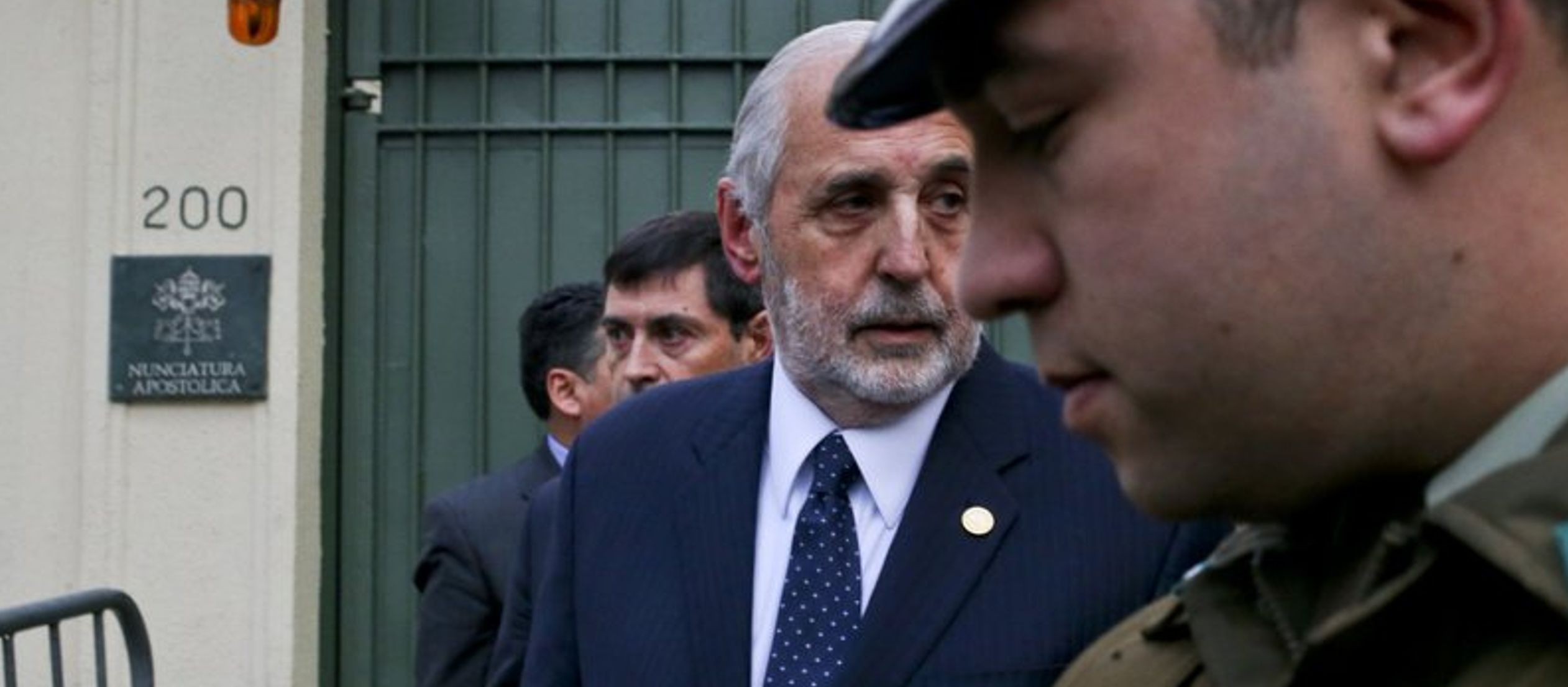 """""""En Chile todos estamos sometidos a la justicia ordinaria"""", dijo Arias a periodistas tras..."""