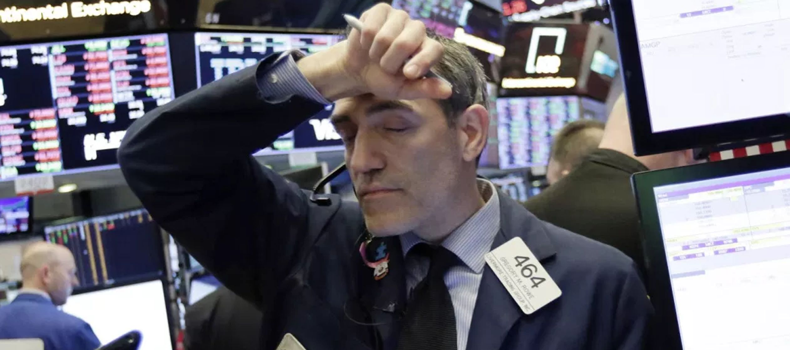 Por su parte, el índice compuesto del mercado Nasdaq perdió un 0,19 % o 14,66 enteros...